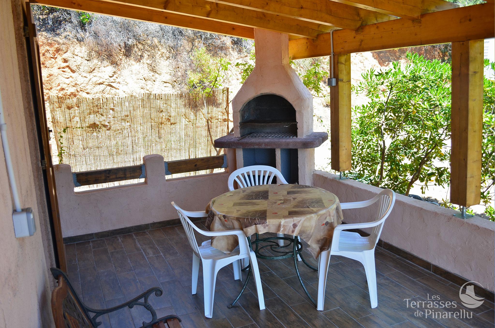 photos les terrasses de pinarellu. Black Bedroom Furniture Sets. Home Design Ideas